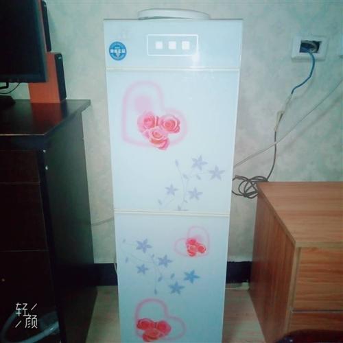 黔峰牌饮水机,使用半年,价格面议。