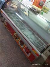急出售两台展示柜九成新(大、小),联系电话是13421176785
