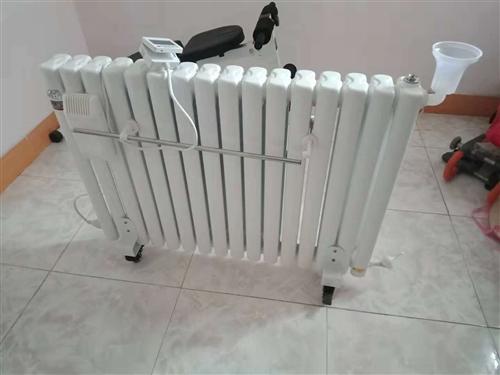 注水电暖气,买回来就用过一次,9.98成新,因现在住城里有地暖所以转手出让!诚心要可适当优惠!
