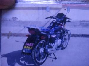 出售二手摩托车豪爵铃木 125 跨骑 跑了2万公里,车况良好。