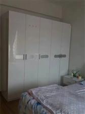 长阳清江山水小区2室 2厅 1卫1200元/月