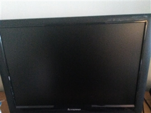 求购二手电脑显示器一台,要求21寸以上,有的请联系我