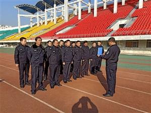 汉滨公安分局联勤执法大队民警通过年度体育达标测试