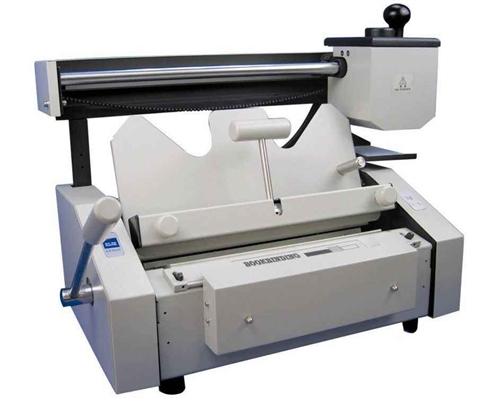 廣告圖文店看過來,膠裝機+切紙機+壓痕機,買來2347元,八成新,只要1500元。