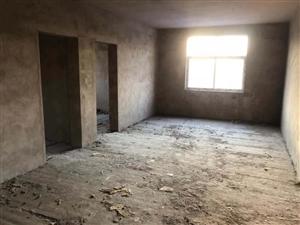 幸福路中段3室 2厅 2卫13万元