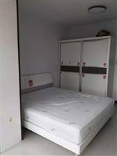 新泉佳苑2室 1厅 1卫8000元/月