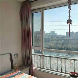 丽湖三期3室 1厅 1卫1500元/月