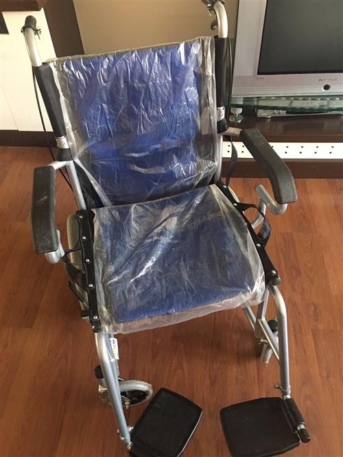 本人有一辆9成新的轮椅,需要的可以联系我17793710376