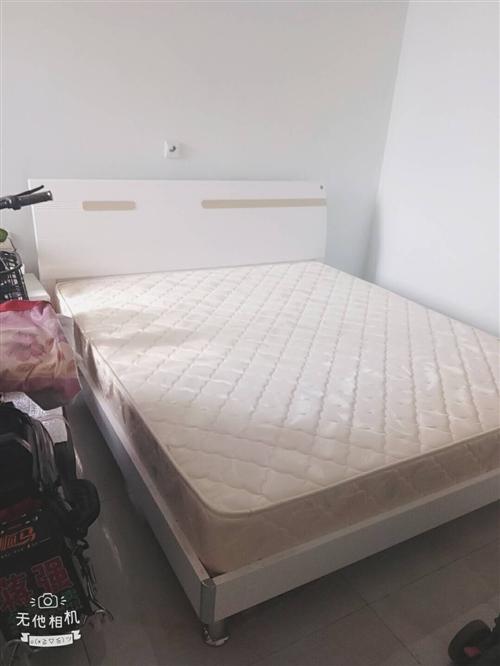 全友家居床,2米2床,未睡一次,賣掉想買個兒童床,
