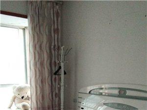 世昌广场3室 2厅 2卫1200元/月