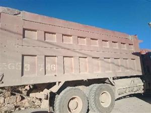 欧曼双桥车,340马力,6.5米长,车况良好。