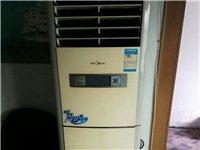 美的立式空调八成新低价出售,价格面议。