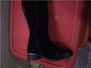 长筒靴37号:9成新:因为穿上小所以出售:电话16699230559