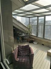 开莱阁楼,198平米90万,阳客厅