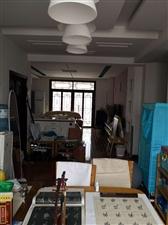 麒龙新城一组团六号楼3室 2厅 2卫65万元