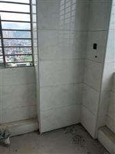 金沙水岸133平方装修一半高层仅售120万元