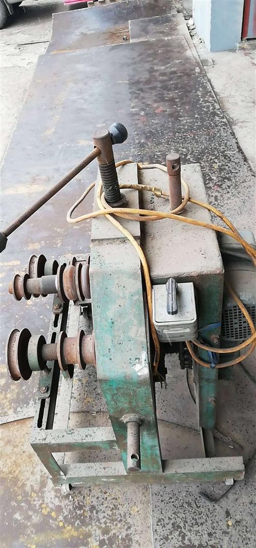 弯管机有模具方管圆管,卷板机厚度14钢板~2米宽,气保焊机,瑞凌直流焊机,有意的联系,有想做油罐,水...