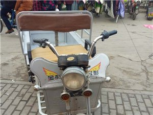 出售三轮车,48V20A电池,需要的联系13966580227
