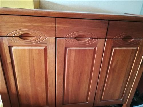 鞋柜、搖椅轉讓,木制,價聯系電話13677522425
