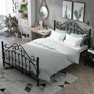 北欧风格时尚铁艺公主床,规格2米乘1.5米,95程新,原价560元,现价300元!
