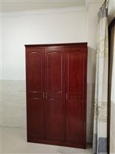 蓝溪国际水晶城1室 1厅 1卫1100元/月
