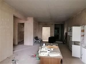 边城秀苑4室 2厅 2卫42.8万元