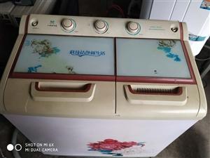 大容量半自动洗衣机。需要的。。。。。保修三月。