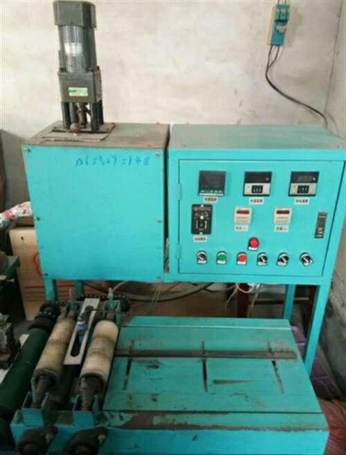 出售空调滤芯铺胶机好用13363793632
