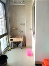 茶博汇3室 2厅 2卫1500元/月