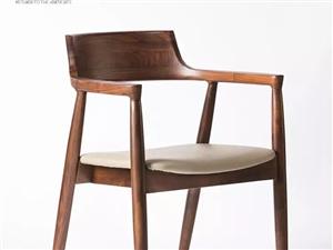 本人现在浦城市区内现有一套进口黑檀大板桌配六条美式椅子低价转让,及一批货架低价转让,联系电话??15...