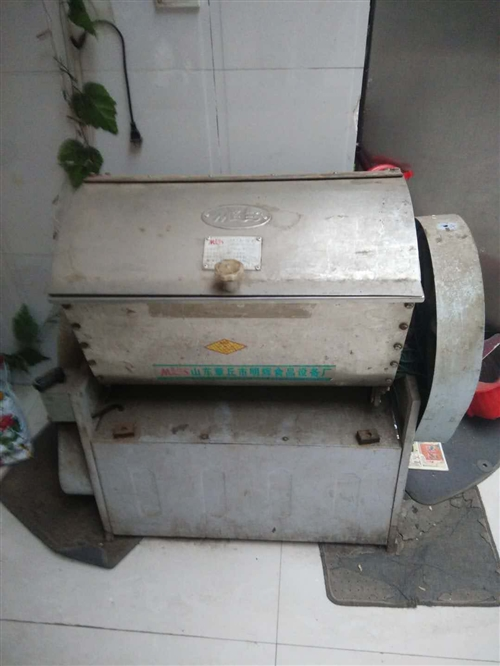 賣活面機,25公斤活面容量,原價3000多的,現價面義