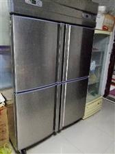 餐具�D�,本人因�T面到期,�F在餐�^�D�,有冰箱桌子椅子,保�叵洌�制冰�C等。