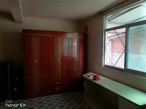 浦二中环城河边1室 0厅 1卫200元/月