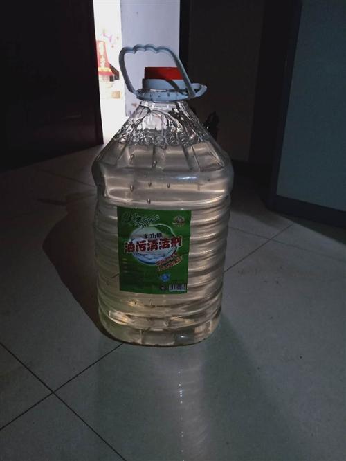 有餐厅需要的洗洁剂,,桶装50斤,低价出售
