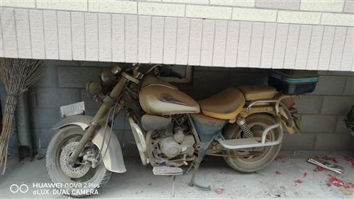 力帆太子150摩托车