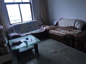 老财政局大楼(鄱阳湖大市场对面)3室 2厅 1卫650元/月
