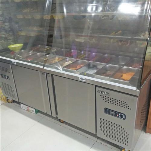 出售麻辣烫冰柜一台,用了三个月,给钱就卖,