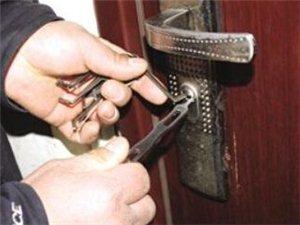 合阳县快速上门开换锁 开汽车锁 指纹锁 配汽车钥匙