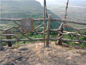 琼海白石岭风景区步步危机