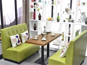 桌椅5套,原价4000,9成新,现在甩卖1500,超值!有需要的朋友联系。开阳县城内。