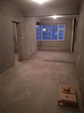 泛华广场四居室20层以上阳客厅,