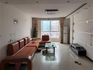 和泰花园3室 2厅 2卫1000元/月