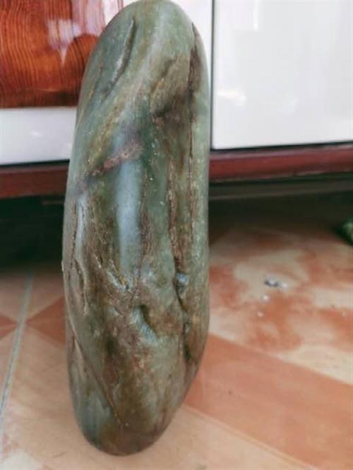 7公斤一块和田青花籽,可放家当摆件也可打镯子或者其他,真皮真籽 懂的一眼就能看出来,微信221337...