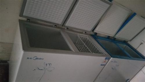 处理九成新美的冰柜两台
