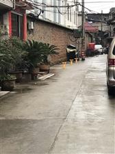 公共资源,私置加装停车柱
