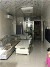 新华书店楼上精装两房一厅出租1800元/月