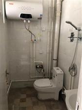 拎包入住临街公寓2室 1厅 1卫500元/月