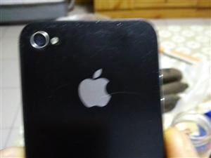 苹果4S,九成新,电池耐用。便宜卖二百二