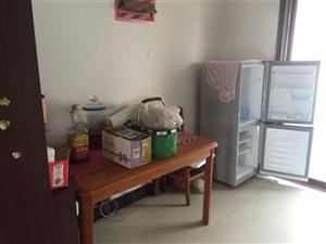 丽苑小区3室 2厅 1卫1200元/月