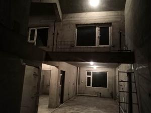 钻石·四季华城3室 2厅 2卫50万元